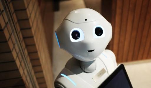 人工客服将被AI全面替代?企业愿意,用户绝不答应!