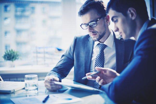 自己想注册一个小公司,公司注册资金多少合适?