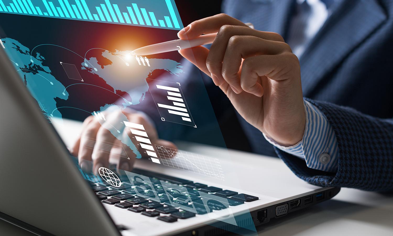 何春涛:不盲从,无捷径,中小企业数字化转型需从这3点突破